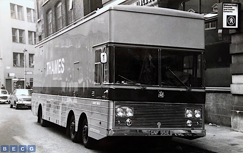 GNF951E-Threadneedle-Street