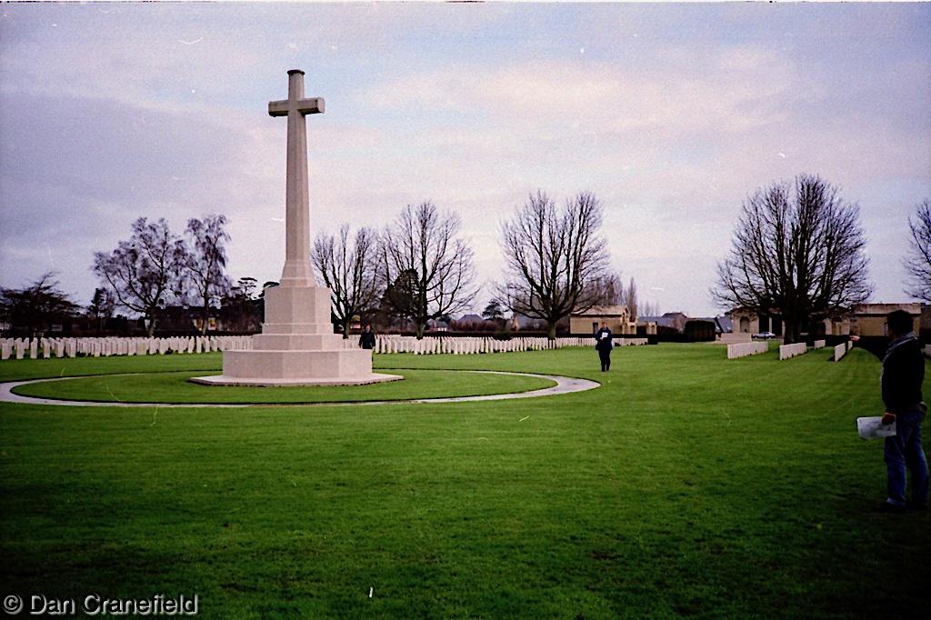 1994-Bayeux-Cemetary